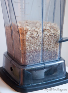 Grinding Grains in Vitamix