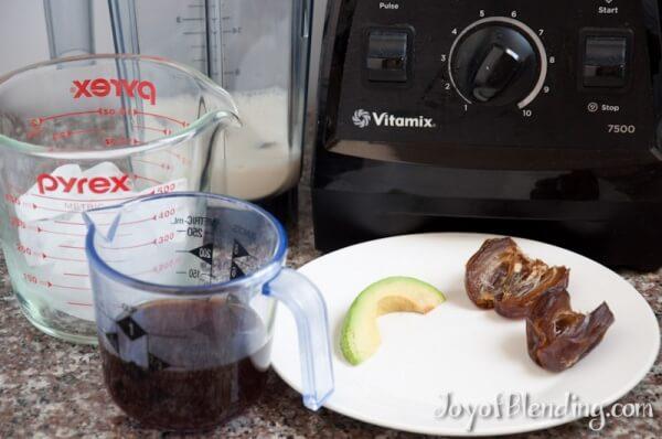 Avocado Date Vitamix Frappuccino Ingredients