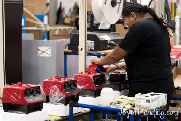 Fitting shells on the Vitamix production line