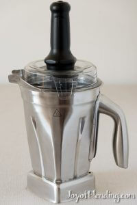 Stainless steel vitamix container with tamper